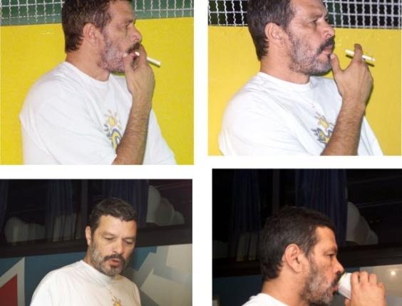 Sócrates fuma enquanto acompanha a partida do Cabo Frio, time que treino em 1999