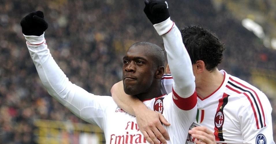 Seedorf comemora gol pelo Milan jogo diante do Bologna