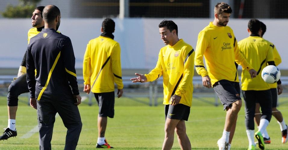 Guardiola comandou o primeiro treino do Barcelona no Japão (12/12/11)