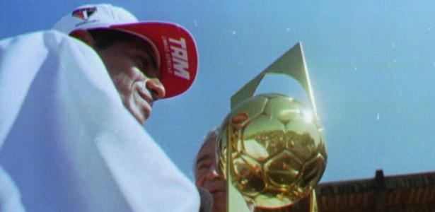 Catê, ex-jogador do São Paulo, atuava como atacante no começo da década de 90 - Arquivo Folha/14-08-95