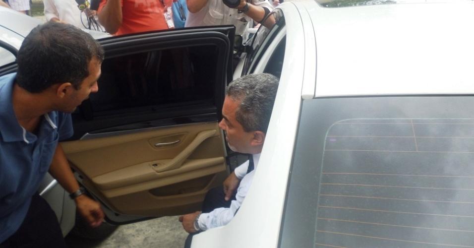 Polícia faz nova perícia no carro de Adriano em dia de acareação