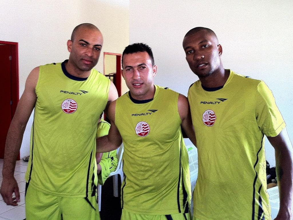Ronaldo Conceição, Jefferson e Dorielton são apresentados no Náutico (02/01/2012)