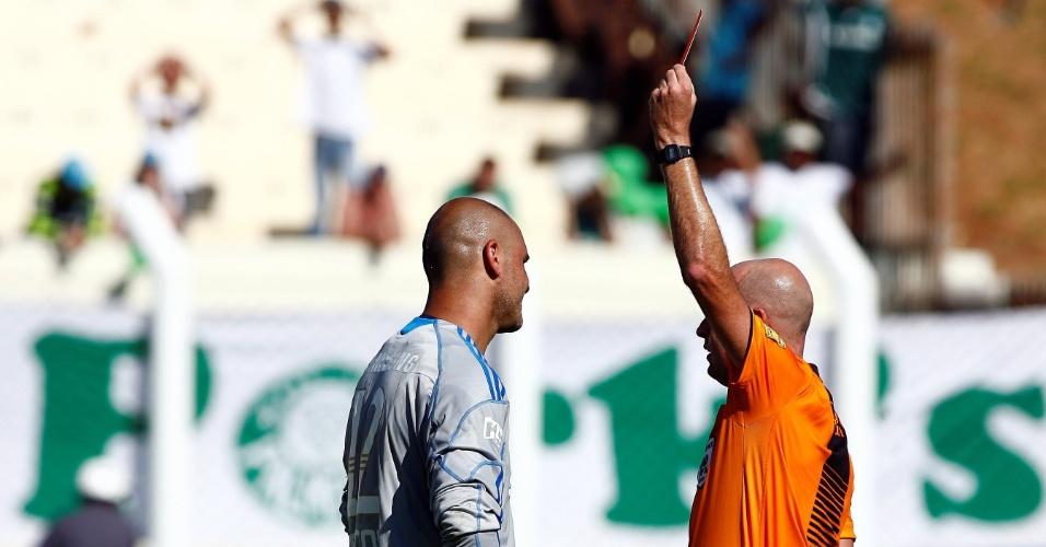 Goleiro Marcos é expulso no Campeonato Brasileiro de 2009