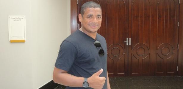 Vampeta lembrou passagens da carreira durante a estadia no hotel do Vasco em Atibaia