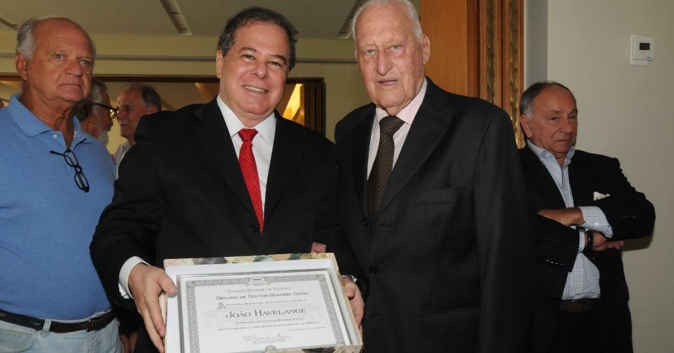 João Havelange recebe título de doutor honoris causa da Academia Brasileira de Filosofia