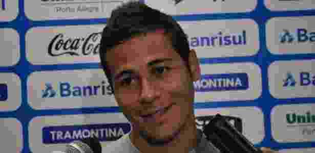 """Bruno Collaço sorri com apelido de """"Novo Roberto Carlos"""" (12/01/2012) - Marinho Saldanha/UOL Esporte - Marinho Saldanha/UOL Esporte"""