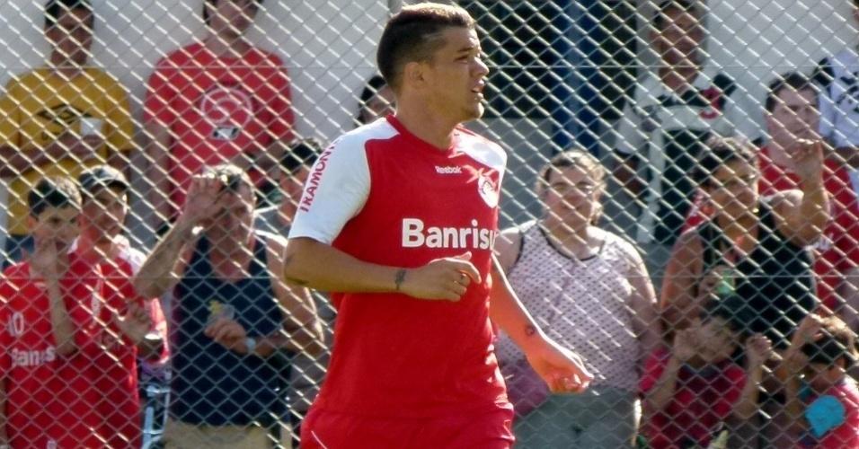D'Alessandro participa de treino tático do Inter em Gramado (12/01/12)