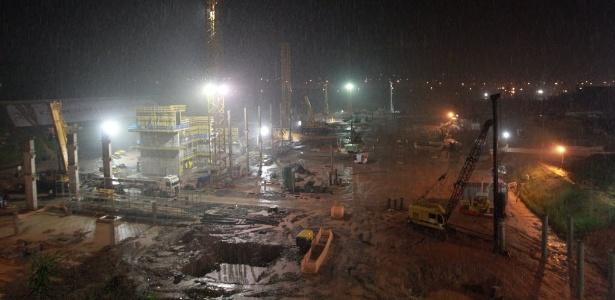 Obras no estádio corintiano já estão 25% concluídas; trabalhos entram pela madrugada