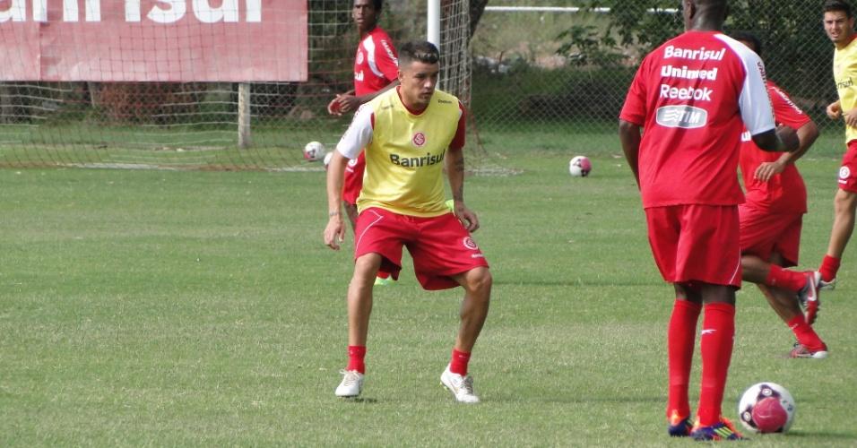D'Alessandro volta aos treinamentos na equipe reserva do Inter B (20/01/2012)