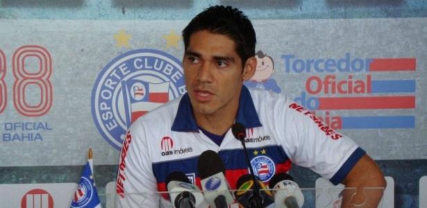 Boliviano Luiz Gutiérrez é apresentado como novo reforço do Bahia (02/02/2012)