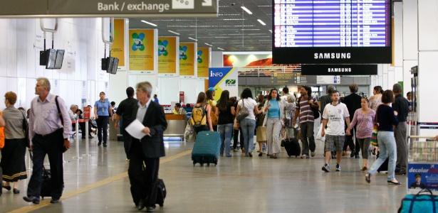 Aeroporto de Brasília é um dos três privatizados em leilão nesta segunda-feira
