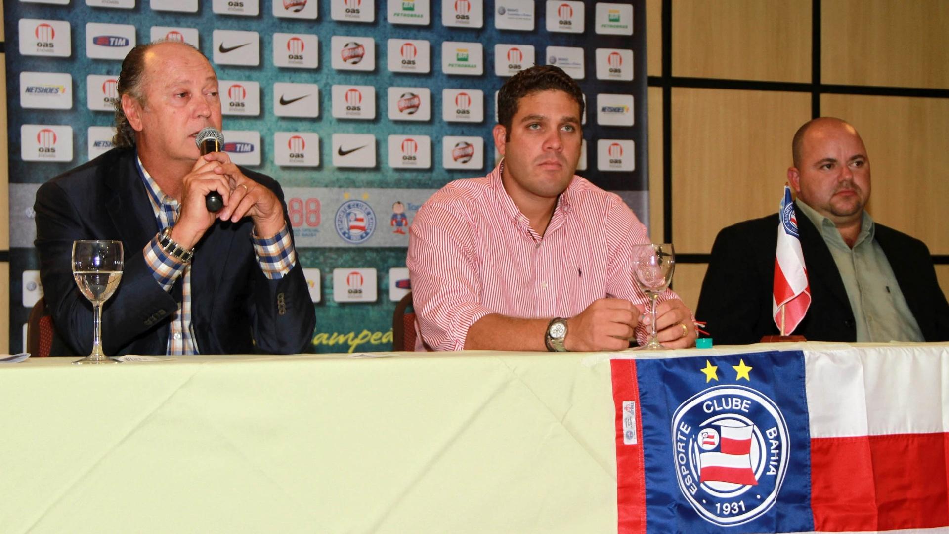Falcão é apresentado como novo técnico do Bahia