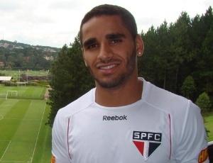 Lateral direito Douglas defendeu o Goiás por 11 anos e pediu atenção no jogo desta 4ª