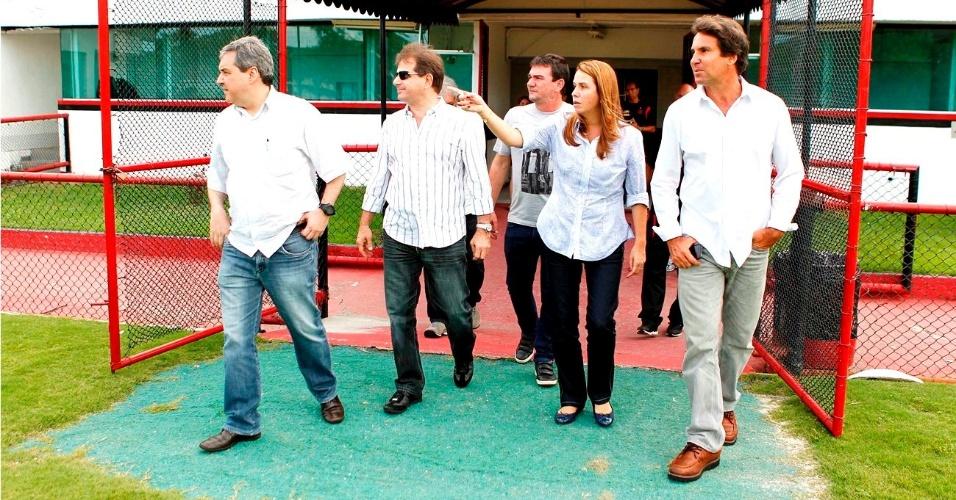 Guilherme Ribeiro (dir. técnico CBF), Michel Levy (vice de finanças do Fla), Andrés Sanchez, Patrícia Amorim e Rodrigo Paiva visitam a Gávea