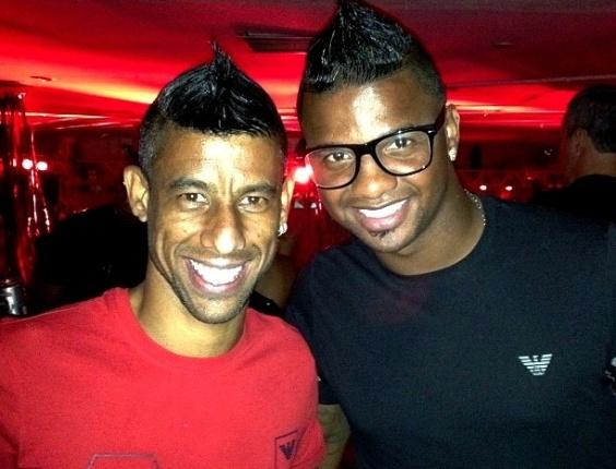 Léo Moura e Felipe participam do Baile do Vermelho e Preto, festa de Carnaval do Flamengo