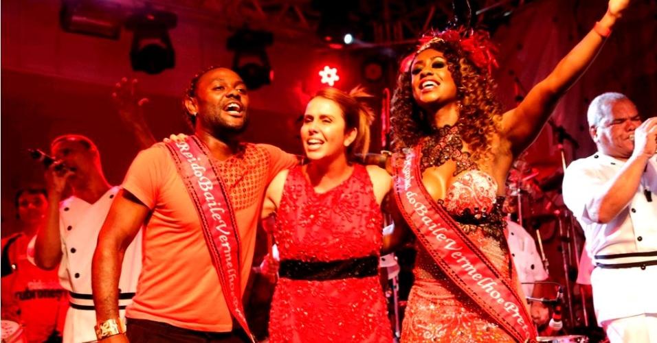 Vagner Love, Patrícia Amorim e Vânia Love participaram do Baile de Carnaval do Flamengo