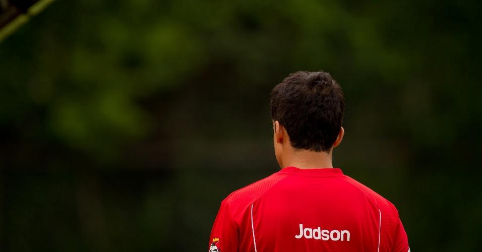 Jadson treinou, mas não foi relacionado para a estreia do time na Copa do Brasil (05/03/2012)