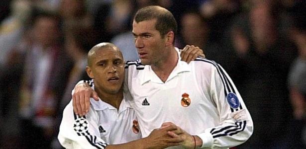 Roberto Carlos e Zidane na Liga dos Campeões de 2002