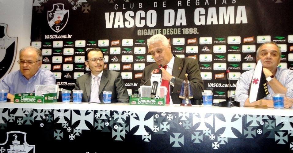 Roberto Dinamite apresenta Frank Assunção, o novo diretor executivo de futebol do Vasco