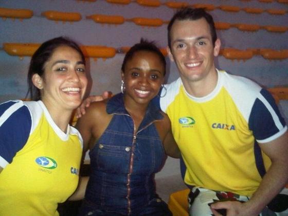 Diego Hypolito posta foto ao lado de sua irmã, Daniele, e de Daiane dos Santos em evento da CBG em Santos