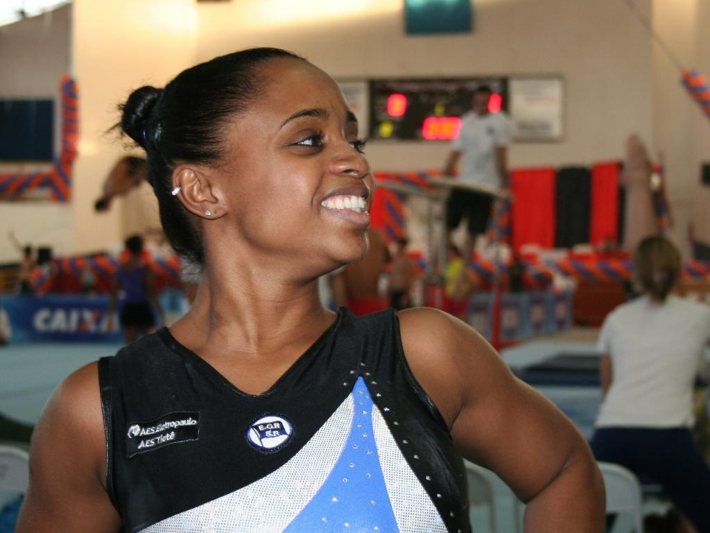 Daiane dos Santos volta a competir após três afastada