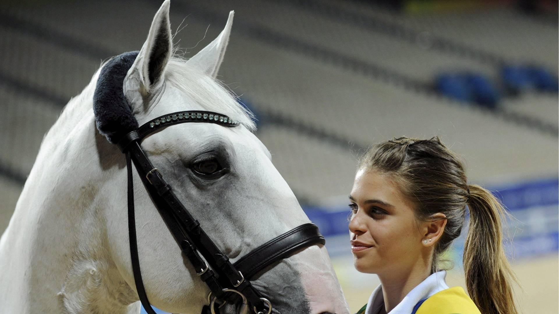 Luiza Oliveira foi ouro no adestramento nos Jogos Mundiais Militares