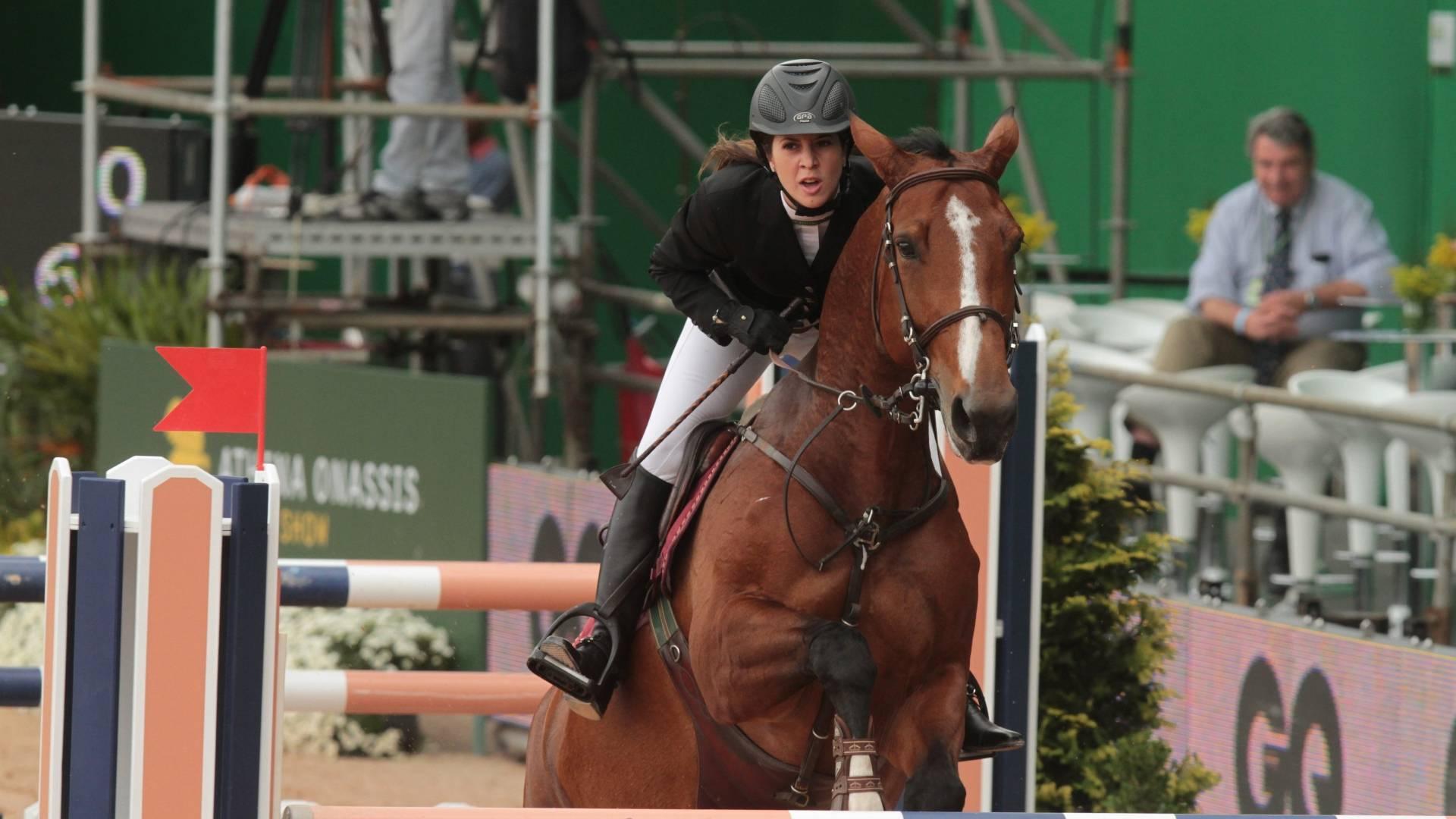 Kryzia Galvão, filha do cantor e ator Fábio Jr., compete no Athina Onassis Horse Show