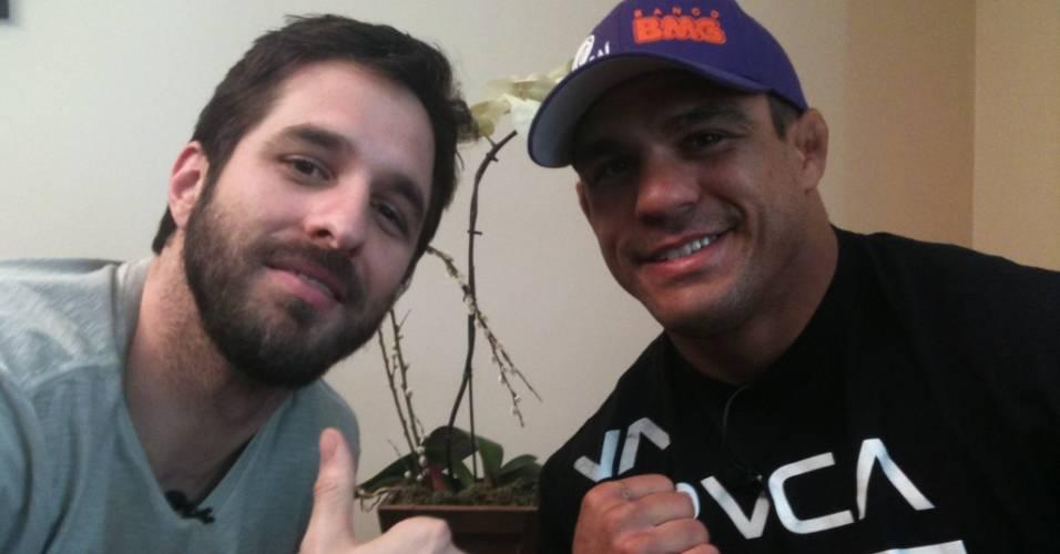 Rafinha Bastos entrevista o lutador Vitor Belfort