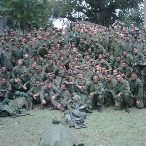 Minotauro em meio ao corpo de Fuzileiros Navais do Brasil