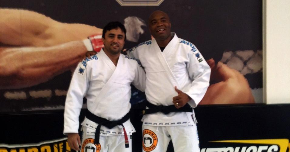 Anderson Silva treinou na sua academia no Parque São Jorge