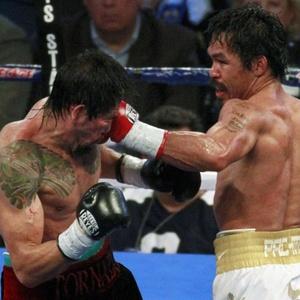 Margarito é atingido por Pacquiao na luta em Dallas; mexicano disse que não poderia desistir