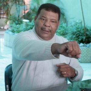 Maguila em foto antiga; ex-lutador, que está com Alzheimer, condena crescimento de lutas de MMA