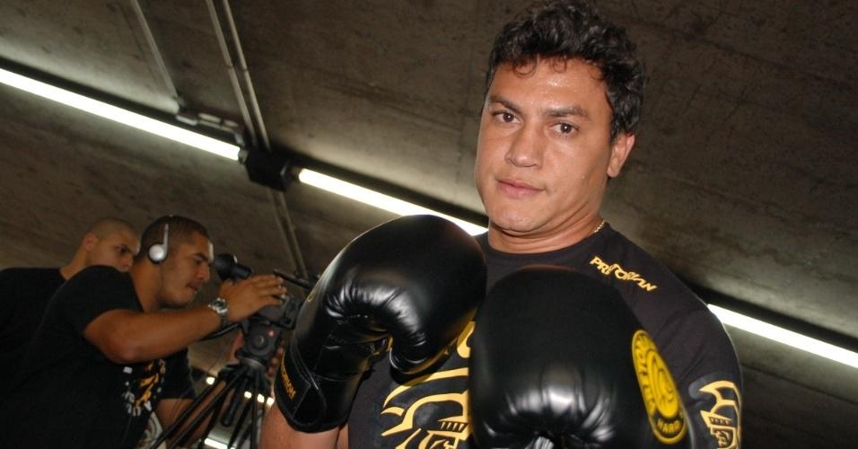 Deputado federal, Popó está em fase de preparação para luta de despedida e ajudou a divulgar a Virada Esportiva (09/09/2011)