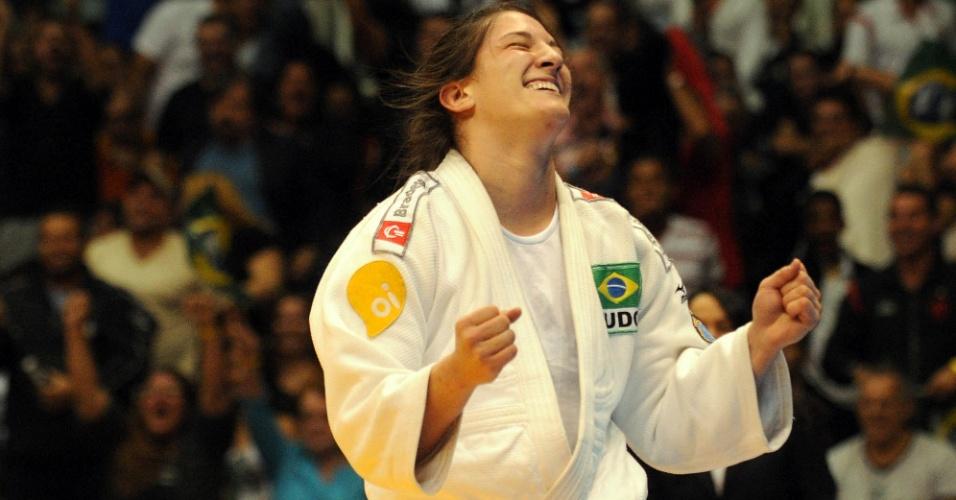 Mayra Aguiar comemora vitória no Grand Slam do Rio de Janeiro