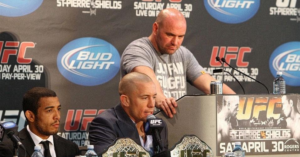 José Aldo participa da coletiva do UFC 129 ao lado de Georges St-Pierre e Dana White