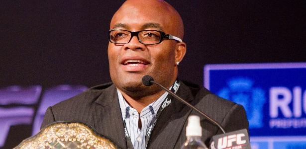 Anderson Silva vai lutar contra japonês Yushin Okami pelo UFC Rio no dia 27 de agosto