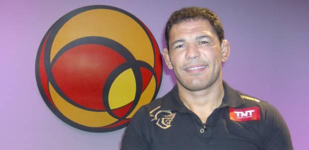 Rodrigo Minotauro em visita ao UOL; à revista Trip, lutador falou de homossexualidade