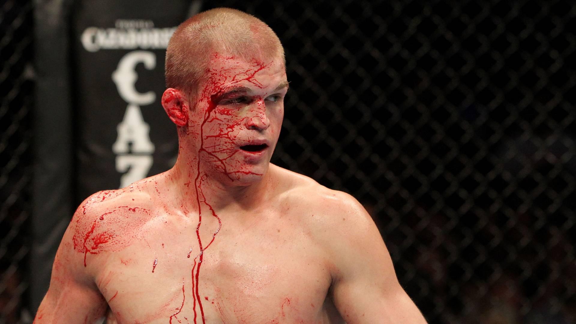 Evan Dunham perdeu para Sean Sherk por decisão no UFC 119