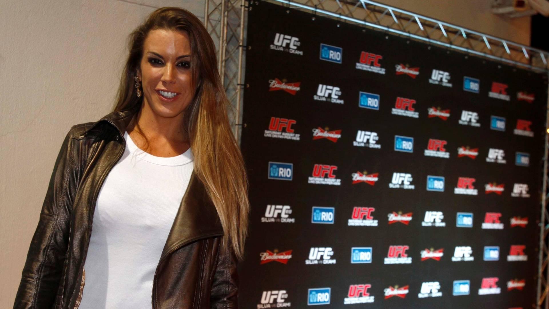 Joana Prado é estrela do UFC Rio