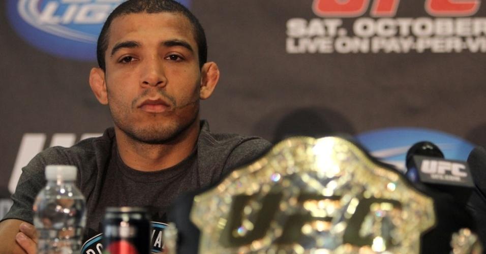 José Aldo em coletiva de imprensa do UFC, evento no qual é campeão dos penas