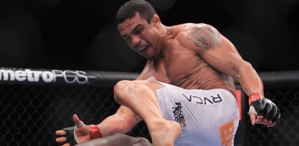 Lutador brasileiro disse que se considera um artista e que sua arte é o nocaute