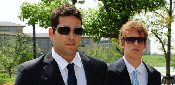 Henrique Barbosa e Cesar Cielo chegam para o julgamento por doping em Xangai