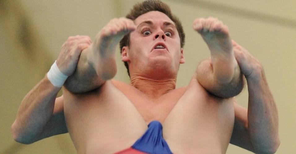 Norte-americano David Boudia compete na final da plataforma de 10 metros no Mundial de Xangai (27/07/2011)