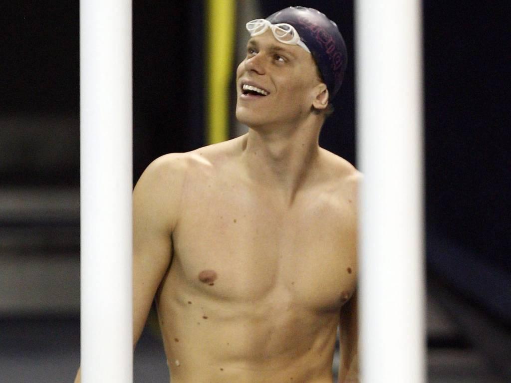 Cesar Cielo participa de treinamento durante Mundial de Xangai