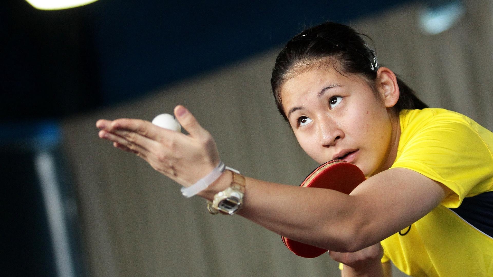 Caroline Kumahara vai representar o Brasil no tênis de mesa em Guadalajara