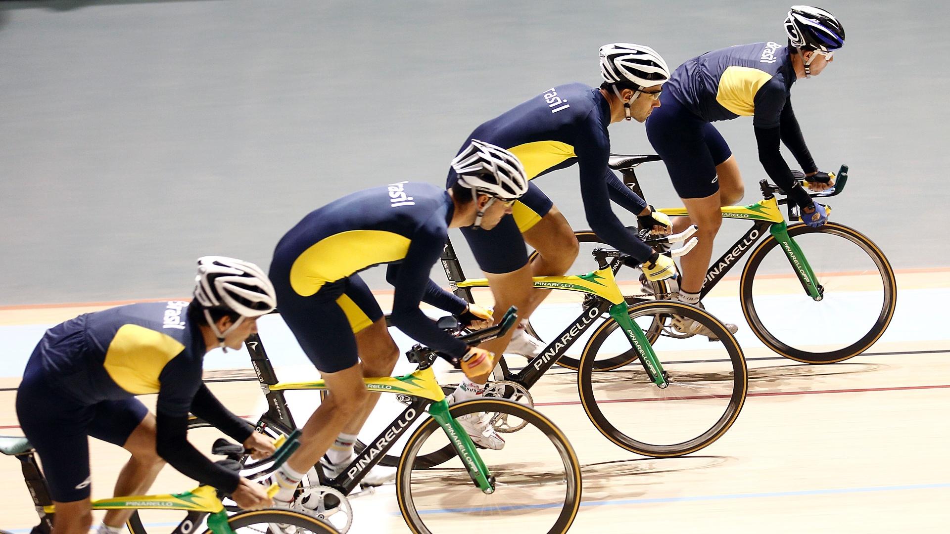 Ciclistas brasileiros realizam treinamento em Guadalajara, como preparação para os Jogos Pan-Americanos
