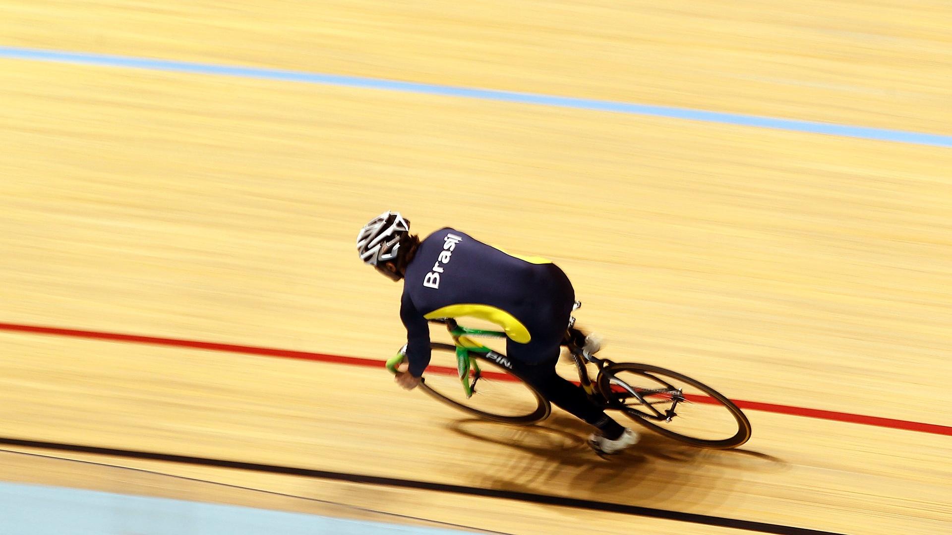 Seleção brasileira de ciclismo de pista se prepara em Guadalajara para os Jogos Pan-Americanos