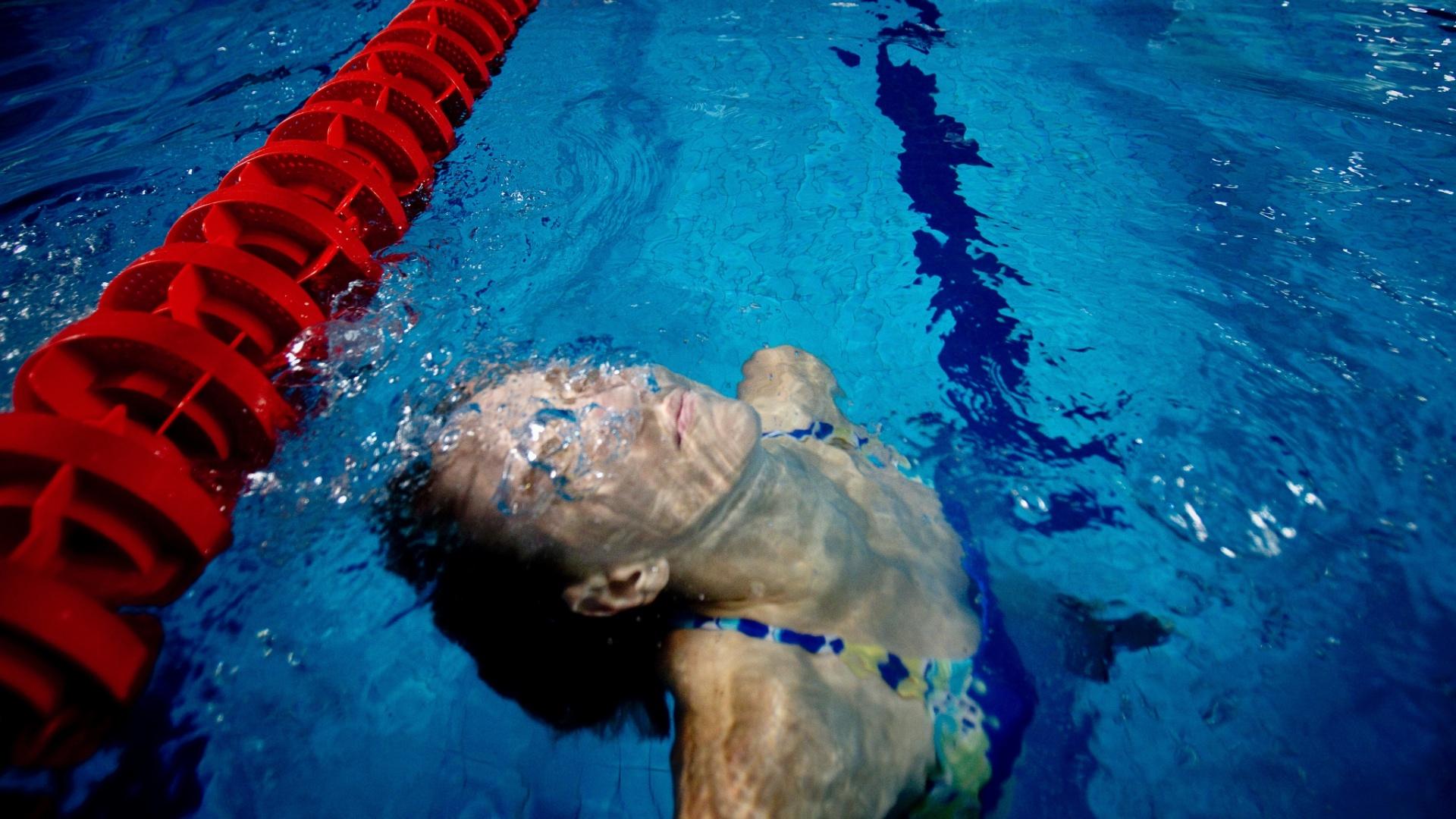 A atleta Yane Marques, do pentatlo moderno, treina no Centro Aquático Scotiabank para o Pan de Guadalajara
