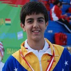 O venezuelano Carlos Claverie, de 15 anos, vai para o seu primeiro Pan