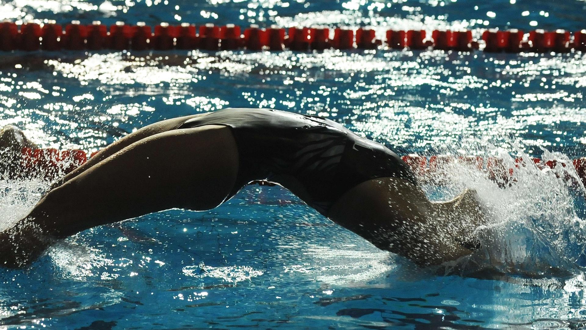 Fernanda Alvarenga treina saída do nado de costas para os Jogos Pan-Americanos de Guadalajara
